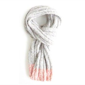 Hollister Women's Shine Ribbed Scarf Gray/Pink New with tag